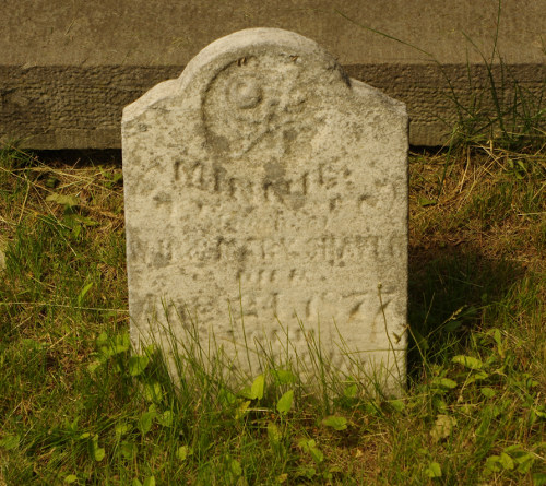 Minnie Shaver - head stone